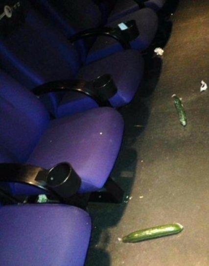 要优雅不要污:情人节后的电影院竟然遗落了这些东西